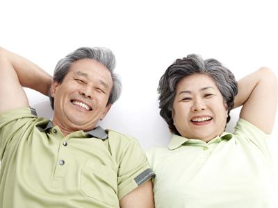 武汉治疗白癜风哪家较好?武汉什么原因导致老年人患上白癜风呢?